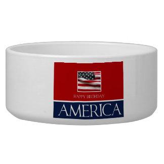 ¡Feliz cumpleaños América! Comedero Para Mascota