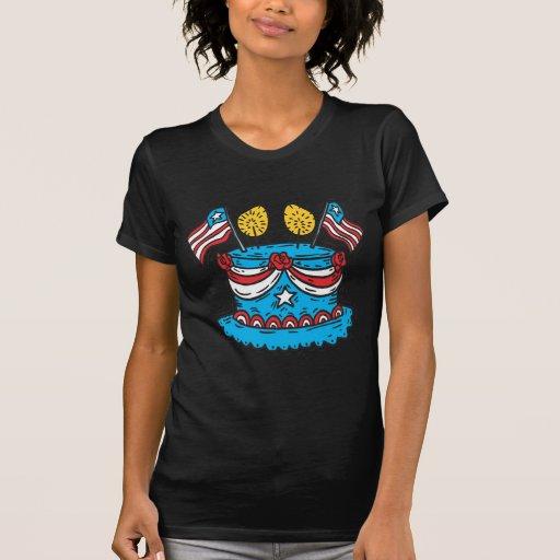 Feliz cumpleaños América Tee Shirts