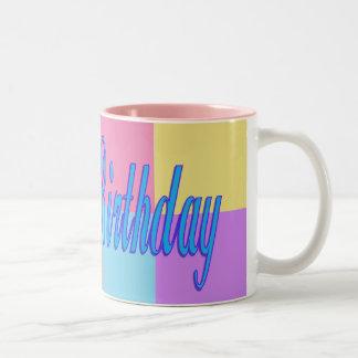 Feliz cumpleaños colorido taza dos tonos