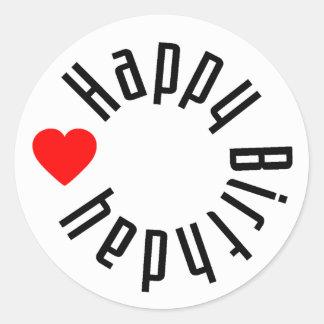 Feliz cumpleaños con el corazón pegatina redonda