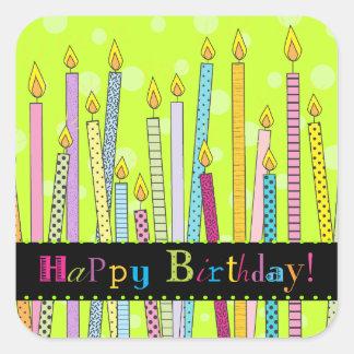 ¡Feliz cumpleaños con las velas a montones! Pegatina Cuadrada