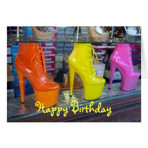 Feliz cumpleaños de los zapatos tarjeta de felicitación