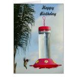 Feliz cumpleaños del colibrí tarjeton