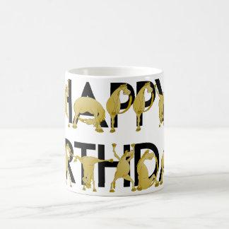 Feliz cumpleaños del potro flexible taza