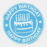 Feliz cumpleaños - efecto blanco del sello de goma etiquetas redondas