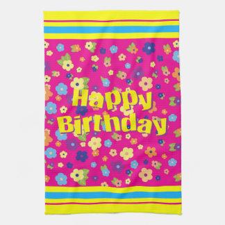 Feliz cumpleaños en flores toalla de mano