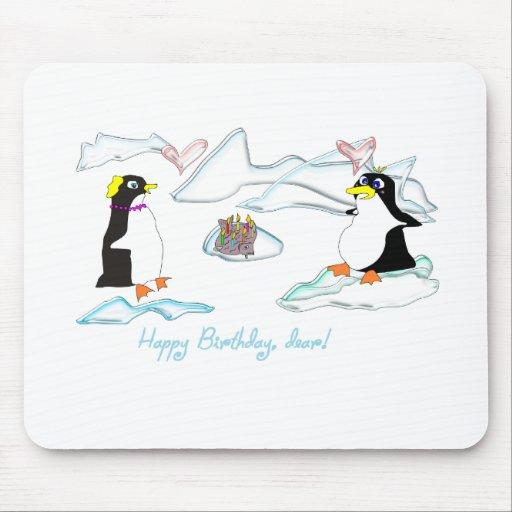 ¡Feliz cumpleaños, estimado! Pinguins lindos, pesc Alfombrillas De Ratón