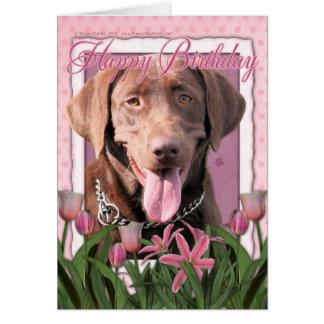 Feliz cumpleaños - Labrador - chocolate Tarjeta De Felicitación