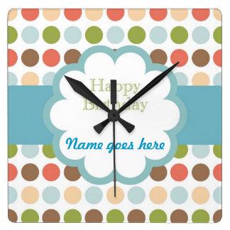 Feliz cumpleaños (puntos del poka) reloj de pared