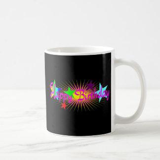 Feliz cumpleaños rosado colorido taza de café