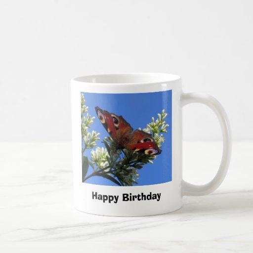 Feliz cumpleaños - taza de la mariposa