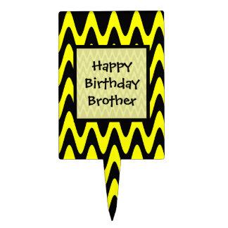 Feliz cumpleaños zigzag negro y amarillo de figura de tarta