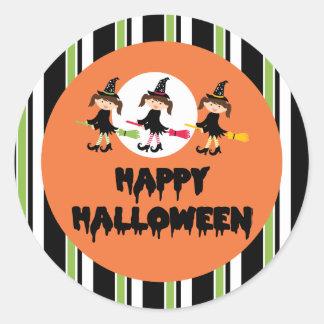 Feliz Halloween de tres pequeño brujas Pegatina Redonda