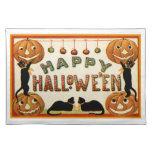 Feliz Halloween Mantel