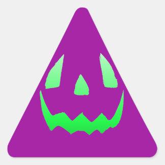 Feliz Halloween verde del resplandor Pegatina Triangular