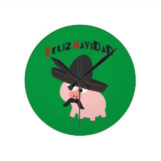 Feliz Navidad! Pig Round Clock