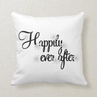 Feliz nunca después de almohada del americano del cojín decorativo