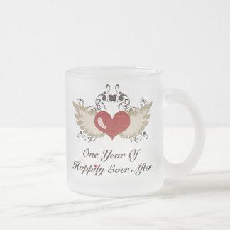 Feliz nunca después de la primera taza del anivers