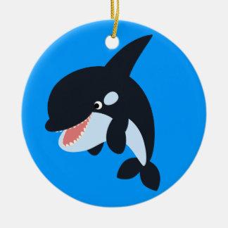 Feliz ornamento lindo de la orca del dibujo adorno navideño redondo de cerámica