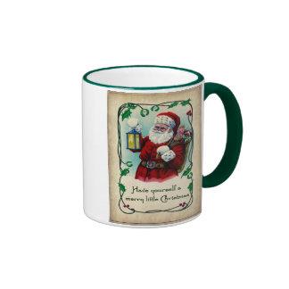 Feliz pequeña taza del navidad