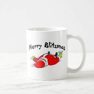 Feliz Santa bebido Blitzmas Taza Básica Blanca
