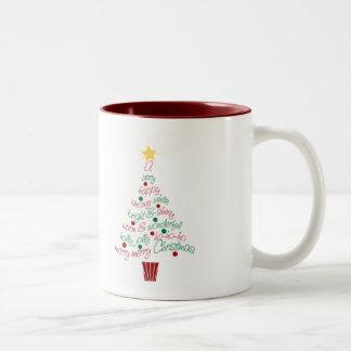 Feliz taza del árbol de navidad