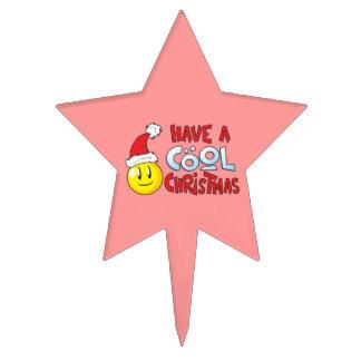 Feliz tenga primeros frescos del navidad de una decoración de tarta