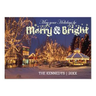 """Feliz y brillante - calle con las luces de navidad invitación 5"""" x 7"""""""