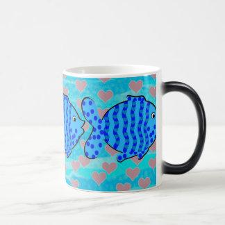 Fell in love fish 11 oz magic heat Color-Changing coffee mug
