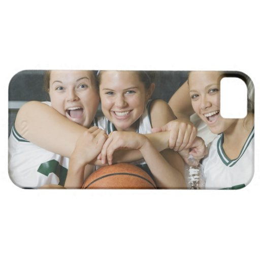 Female basketball team smiling, portrait iPhone SE/5/5s case