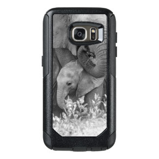 Female Elephant Re-Assuring Two Calves (Samburu) OtterBox Samsung Galaxy S7 Case