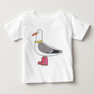 Female Gull - Pearls and boots T-shirt