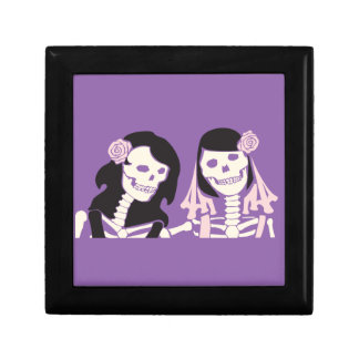 Female Skeleton Couple Gift Box