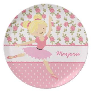 Femenino rosado floral de la bailarina caprichosa  plato de cena