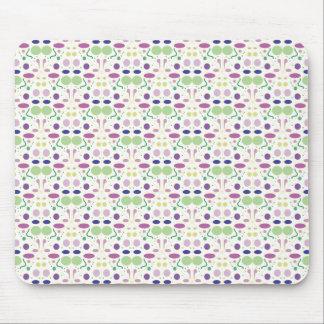 Feminine and Pretty Polka Dot Pattern Mouse Pad