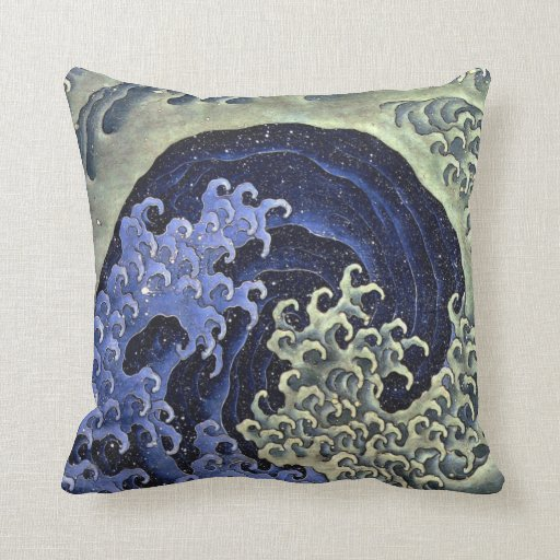 Feminine Wave by Hokusai Pillow