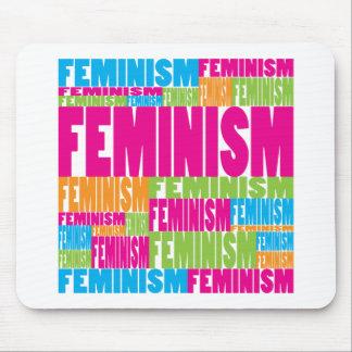 Feminismo colorido alfombrillas de ratón