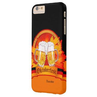 Féretro de la cerveza de Oktoberfest Funda De iPhone 6 Plus Barely There