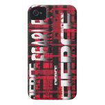 Feroz audaz de la tela escocesa roja y negra Case-Mate iPhone 4 cárcasas