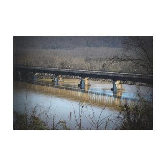 Ferrocarril poderoso de Bridgeport Lona Envuelta Para Galerías