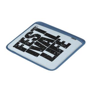 FESTIVAL LIFE (blk) MacBook Sleeve