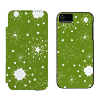 Festive Green Holiday Snowflakes Wallet Case For iPhone SE/5/5s