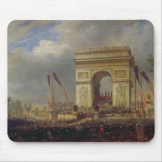 Fete de la Fraternite at the Arc de Triomphe Mouse Pad