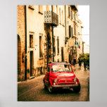 Fiat rojo 500, cinquecento del vintage, Umbría, It Posters