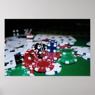 Fichas de póker, tarjetas, y dados póster