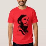 Fidel joven con una camiseta soñadora de la mirada playeras