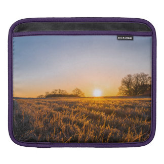 Field Happy Sunset Sleeve For iPads