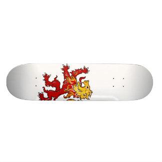 Fiery Lion Rampant skateboard