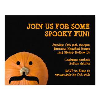 Fiesta anaranjado negro de Halloween del anfitrión Anuncio