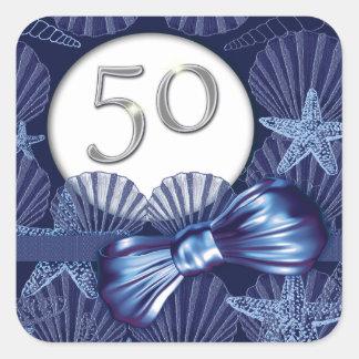 fiesta azul de la playa del 50.o cumpleaños calcomanía cuadrada